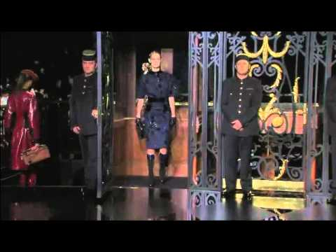 Louis Vuitton - Fall Winter 2011/2012 Full Fashion Show (Exclusive)