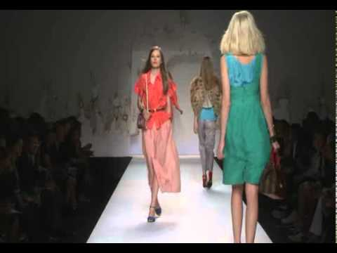 FENDI FASHION SHOW SPRING-SUMMER 2011